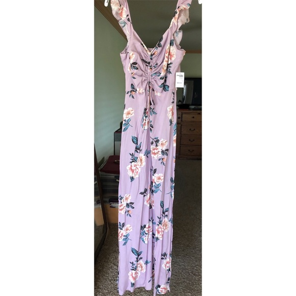 760958cee05 NEW Floral maxi. NWT. Charlotte Russe